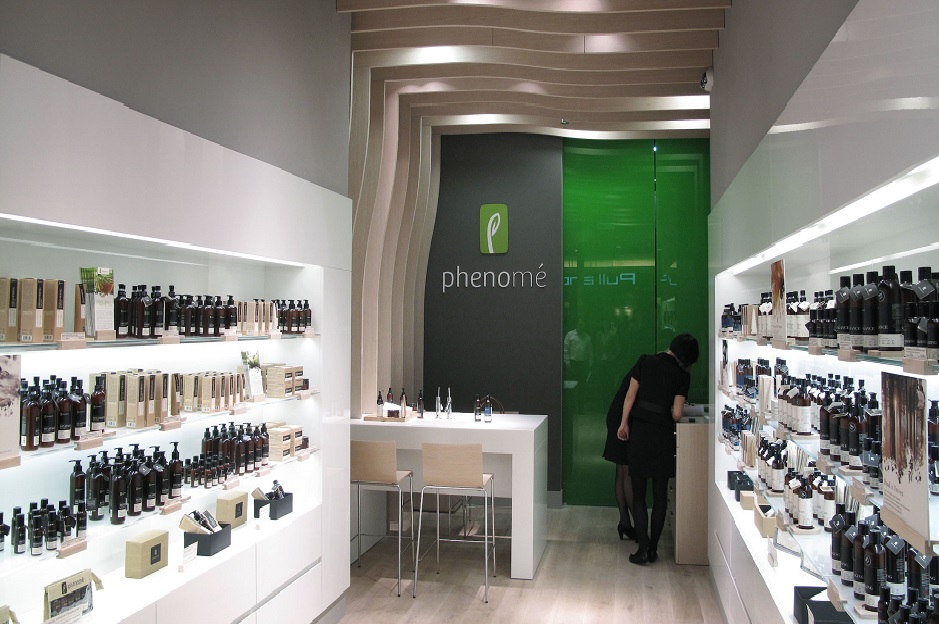 phenom stores iconic beauty brands. Black Bedroom Furniture Sets. Home Design Ideas